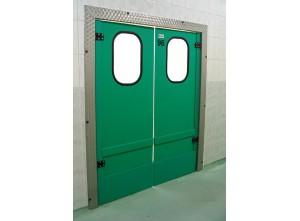 Маятниковые офисные двери